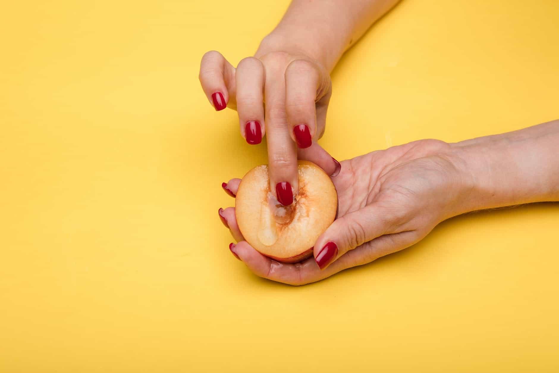 Finger a Lady